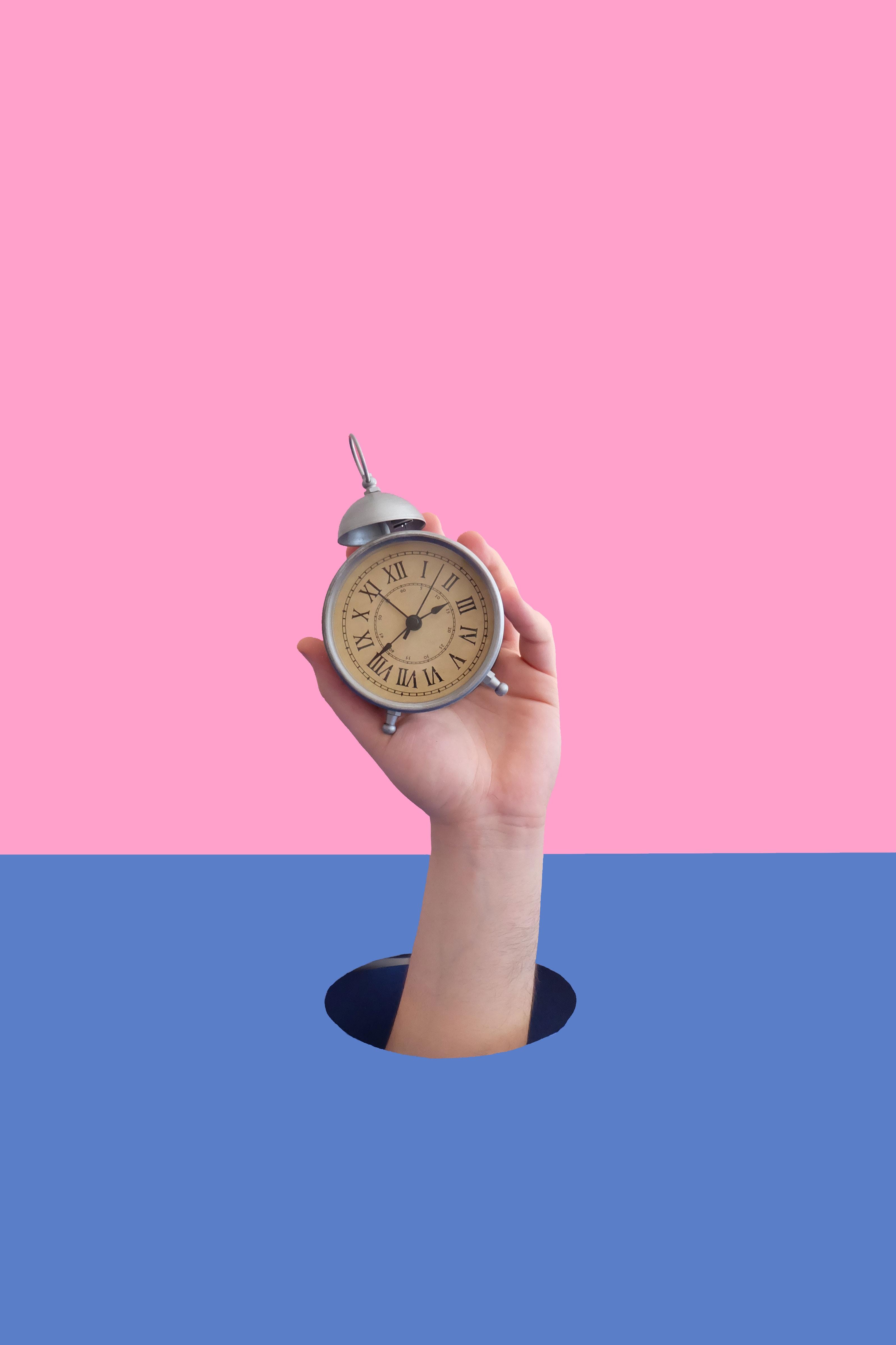 Il tempo è nemico di ogni attività, anche di un blog