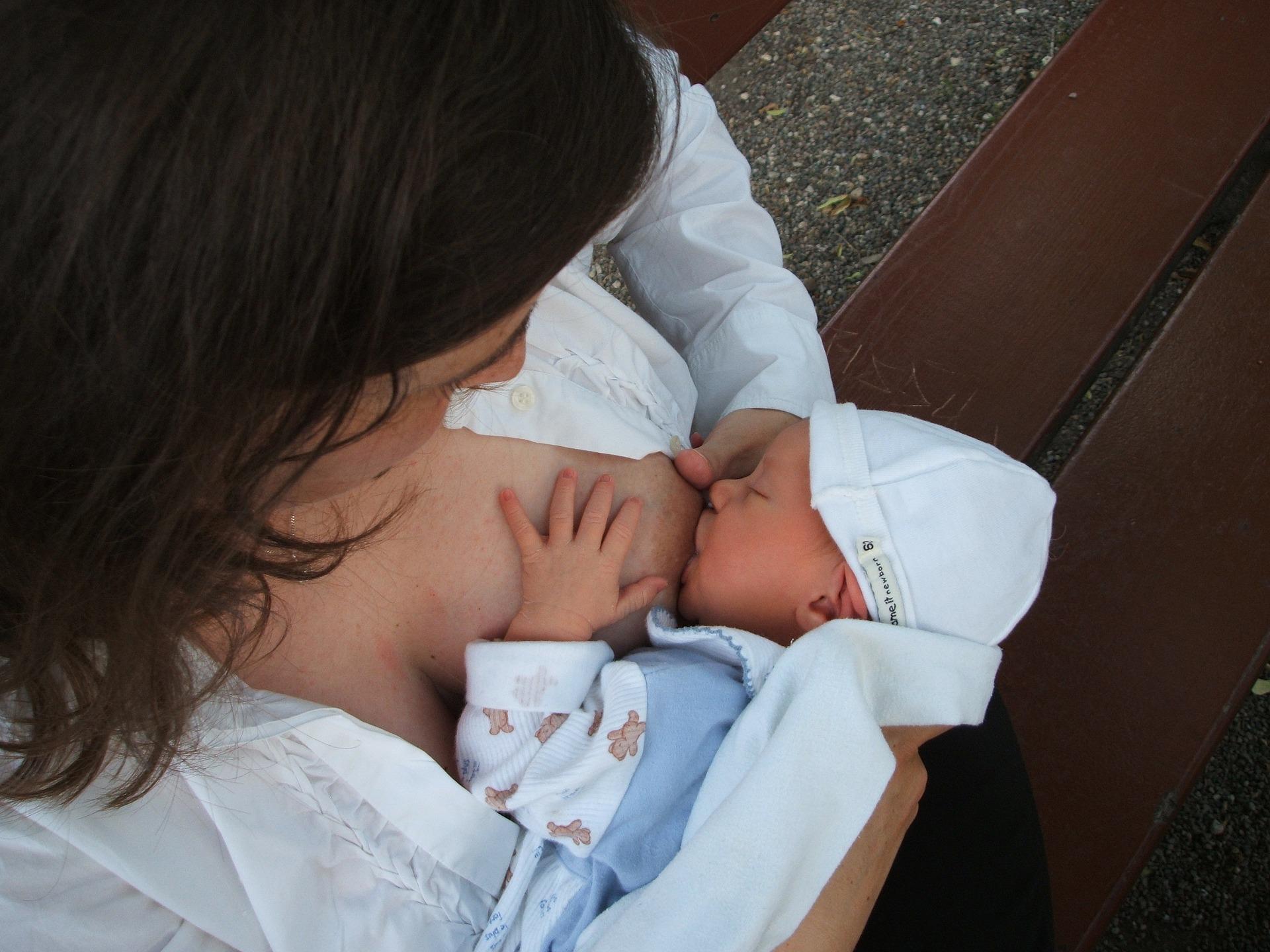 È possibile allattare in situazioni improbabili?