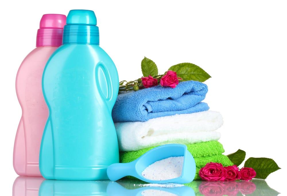 Detersivi fatti in casa utili per risparmiare